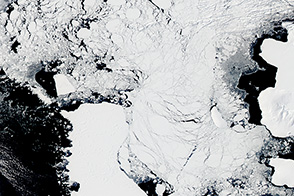 Iceberg B31 Heads West