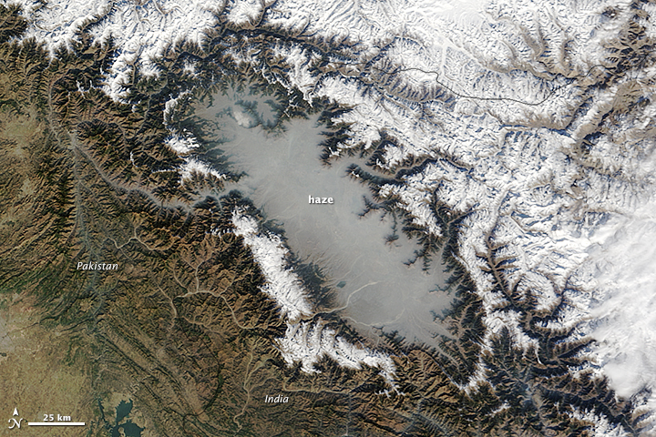 Haze in the Kashmir Valley