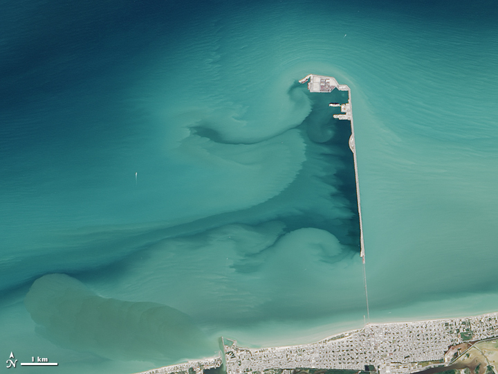 Progreso's Prolonged Pier  - related image preview
