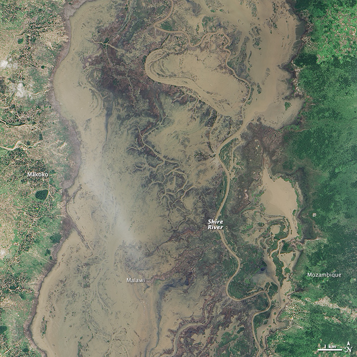 Flooding along the Shire River, Mozambique and Malawi