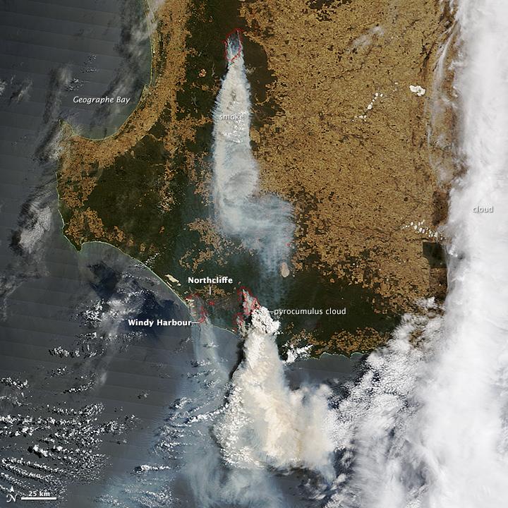 Bushfires Menace Towns in Western Australia