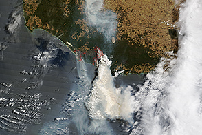Bushfires Menace Towns in Western Australia