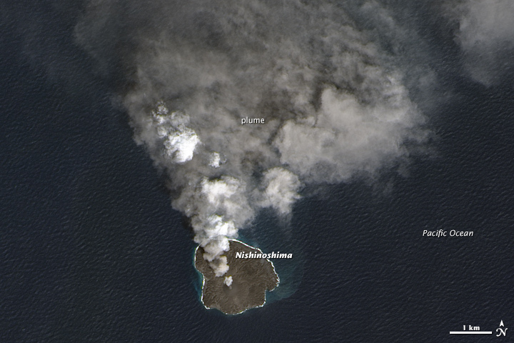 Nishinoshima continues to erupt