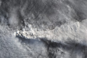 Tracking the Sulfur Dioxide from Calbuco - selected image