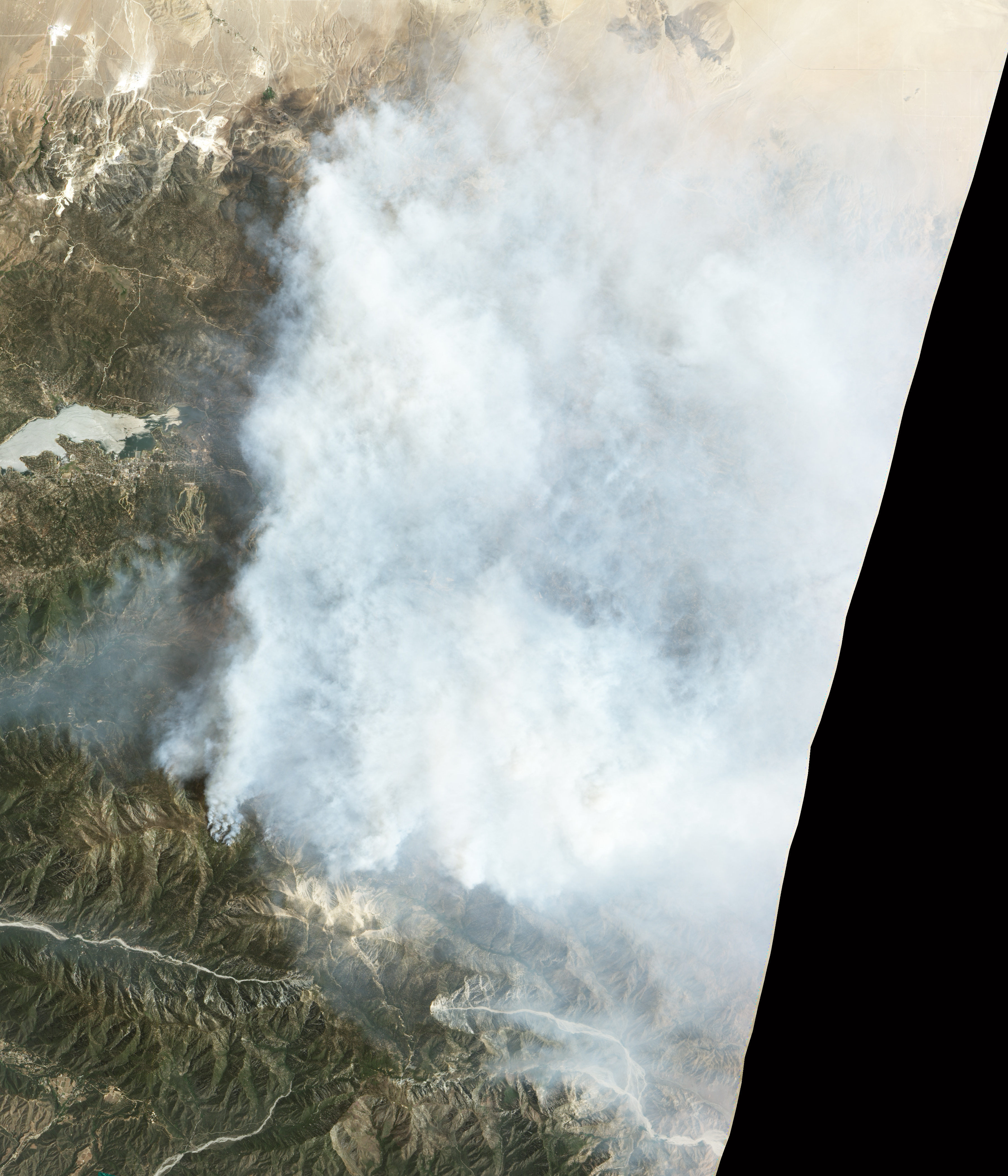 Fire and Smoke in San Bernardino National Forest - related image preview