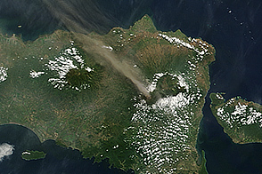 Activity at Raung Volcano