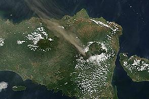 Activity at Raung Volcano