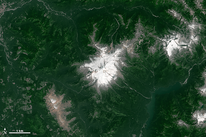 Snow Drought on Mount Baker