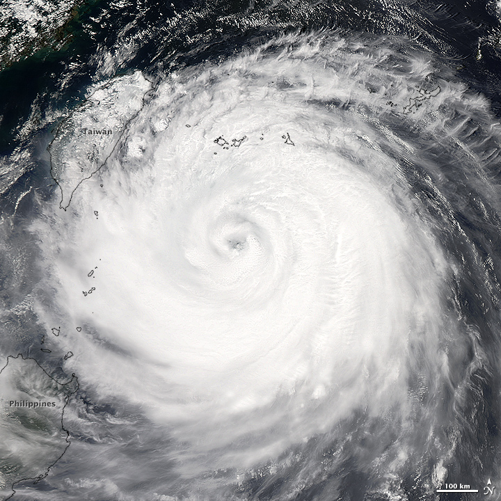 Typhoon Soudelor Takes Aim at Taiwan