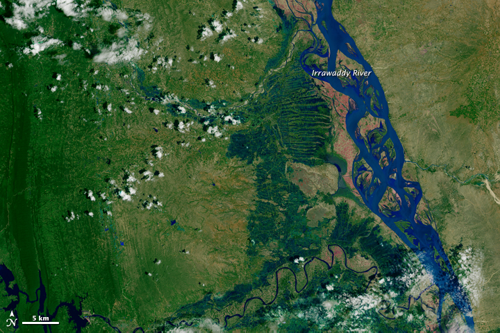 Flood Waters on the Irrawaddy