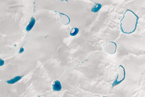 Shades of Blue on the Greenland Ice Sheet