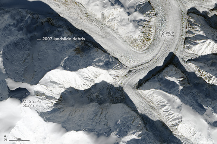 Landslide onto Steele Glacier