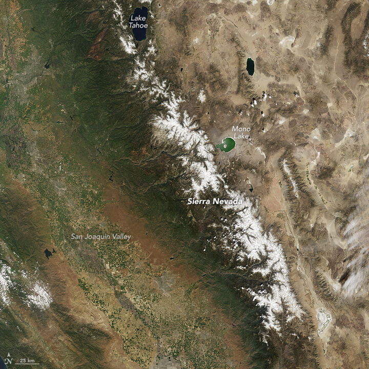 Sierra Nevada Snowpack in a Wet Year, Dry Year