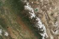 Sierra Nevada Snowpack in a Wet Year, Dry Year