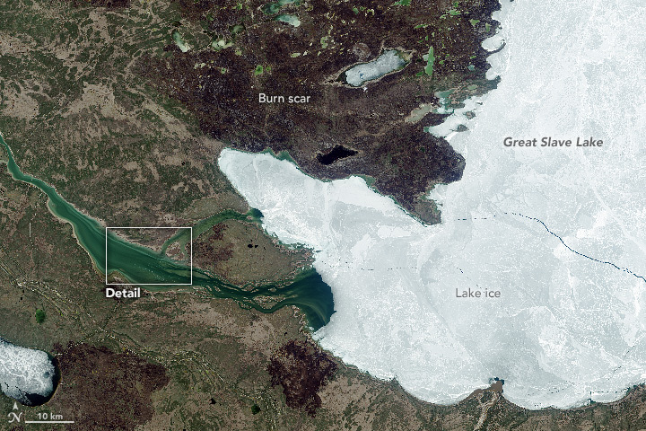 Great Slave Lake: Where the Mackenzie River Begins