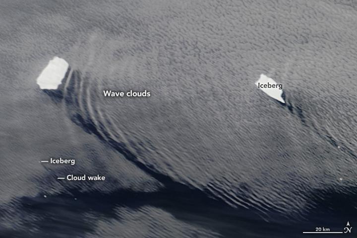 Icebergs Make Waves off South Georgia Island