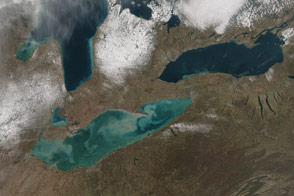 Sediments Aswirl in Lake Erie