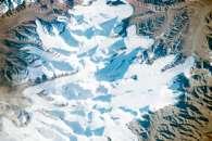 Glaciers in the Kunlun Mountains, Northern Tibet