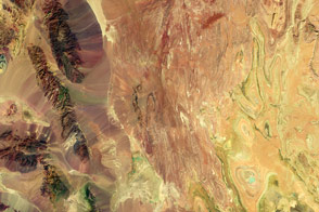 Arid Iran in False Color