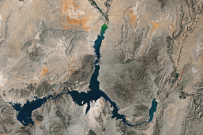 Visualizing the Highs and Lows of Lake Mead  - selected image