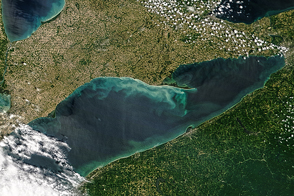 Spring Colors in Lake Erie