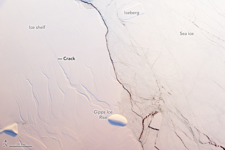 Crack Advances Across Antarctic Ice Shelf - related image preview