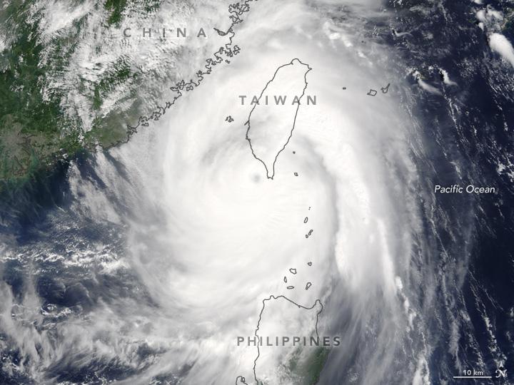 Typhoon Meranti Moves Toward China