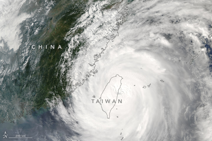 Typhoon Megi Passes Taiwan
