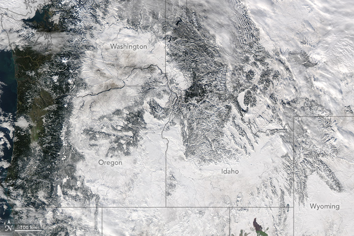 Snow Sweeps Across the United States - related image preview