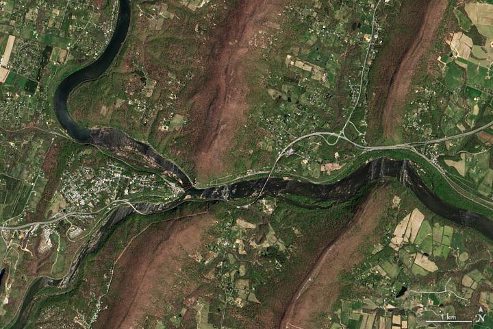 Looking Down on Potomac Water Gap