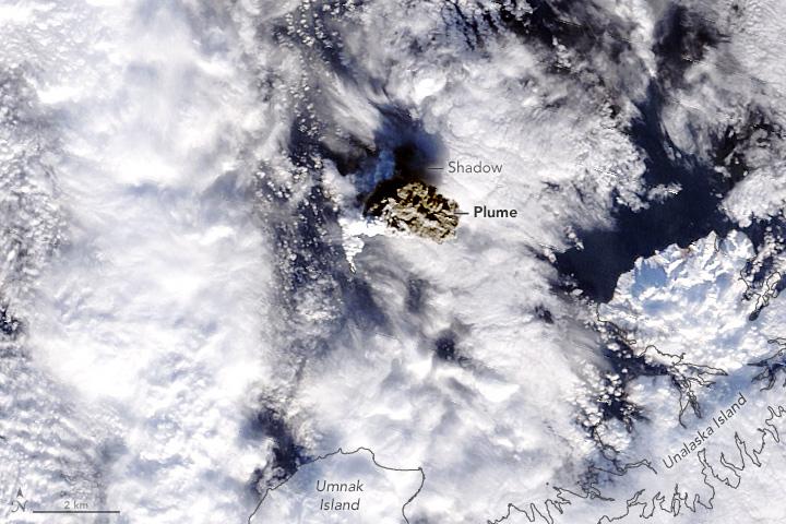 Ash Cloud Tells a Story of a Volcano Rising