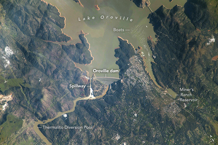 Astronauts Snap a Photo of Oroville Dam