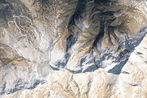 Spanish Peaks Turn Tan
