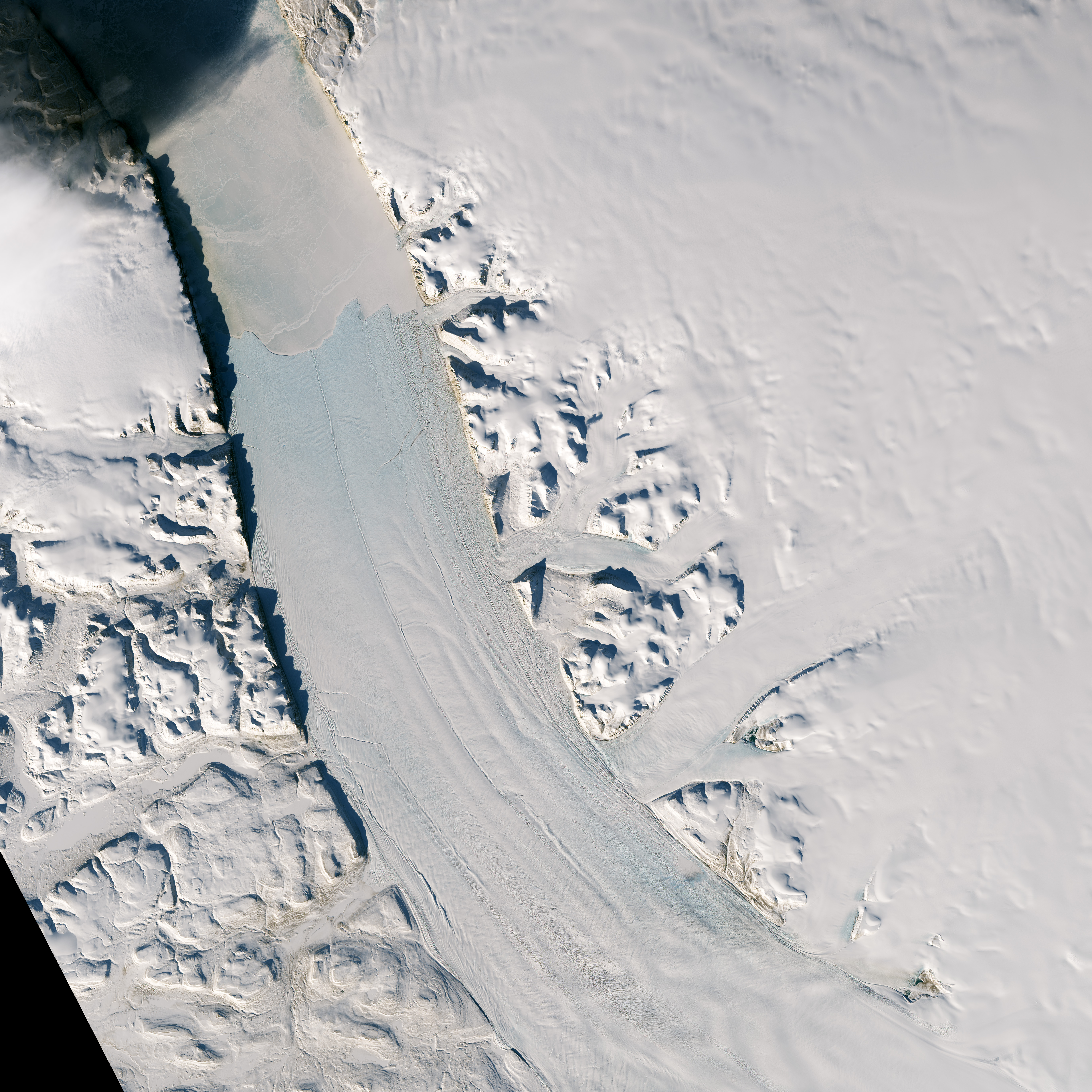New Rift on Petermann Glacier - related image preview