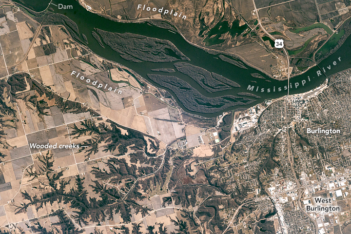 Burlington, Iowa, and the Mississippi Floodplain