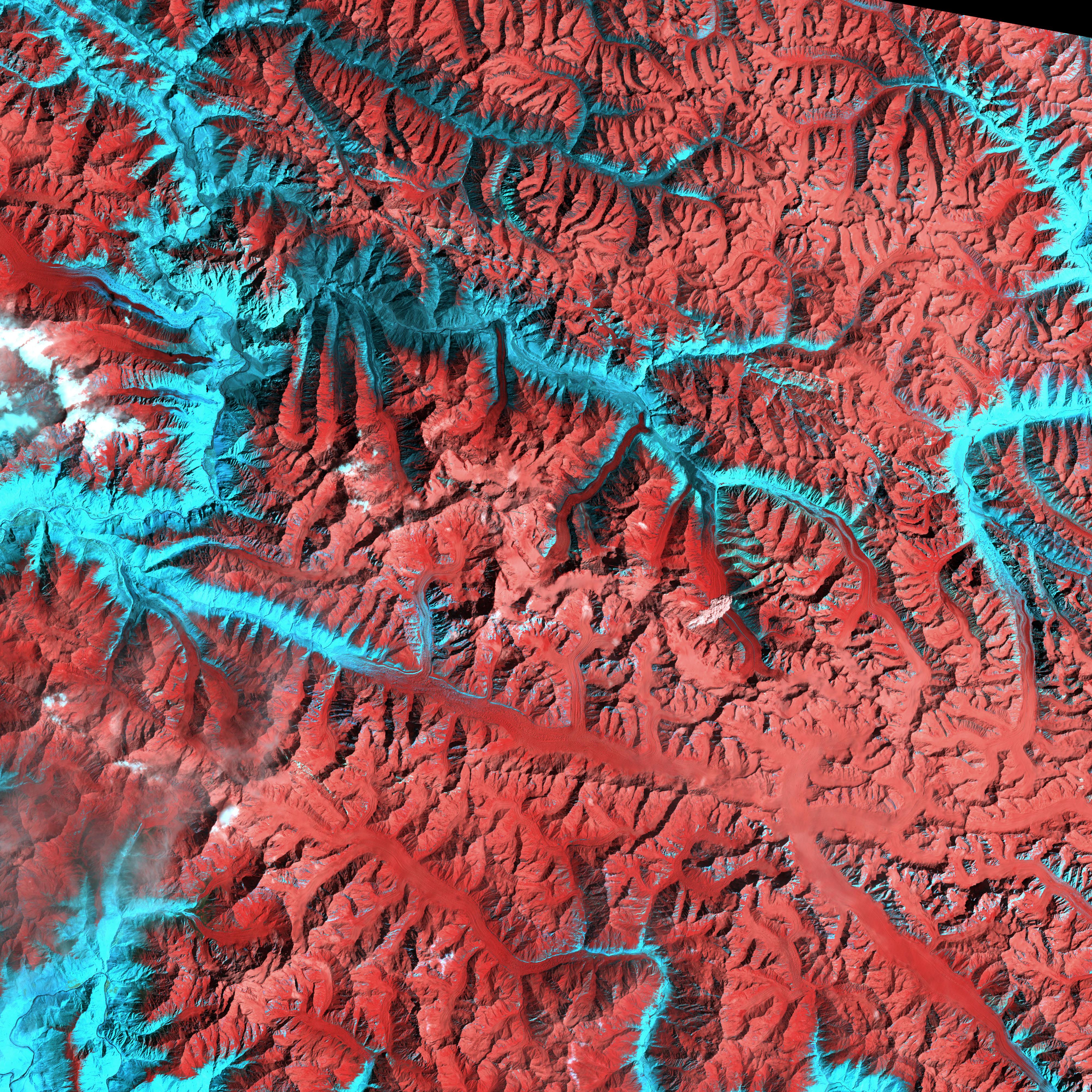 features of karakoram glacier surges Glacier features glacier landforms  when a glacier surges,  glaciologists describe it as a pulsating glacier with periodic surging.
