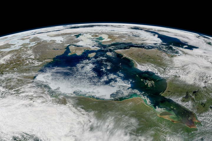Lingering Sea Ice on Hudson Bay