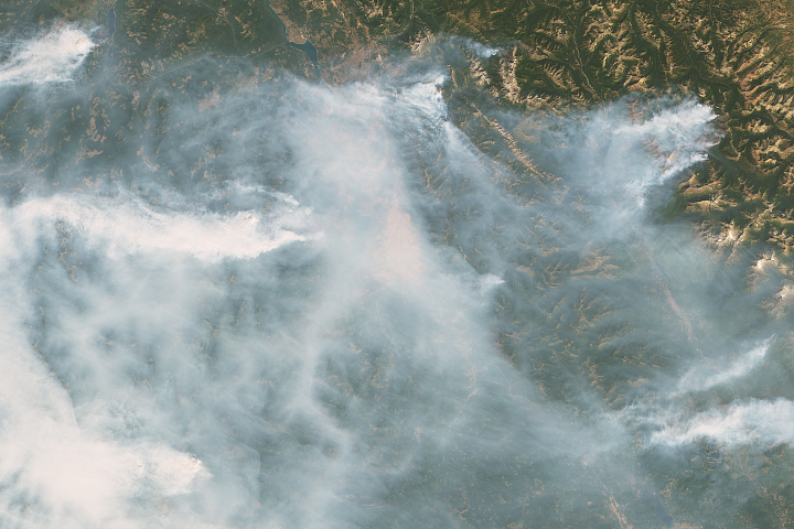 Fires near the Montana-Canada Border