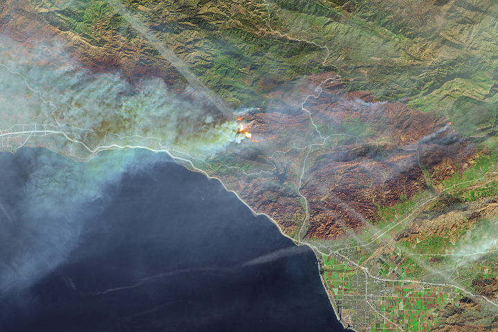 Fires Continue to Rage in Southern California - selected child image