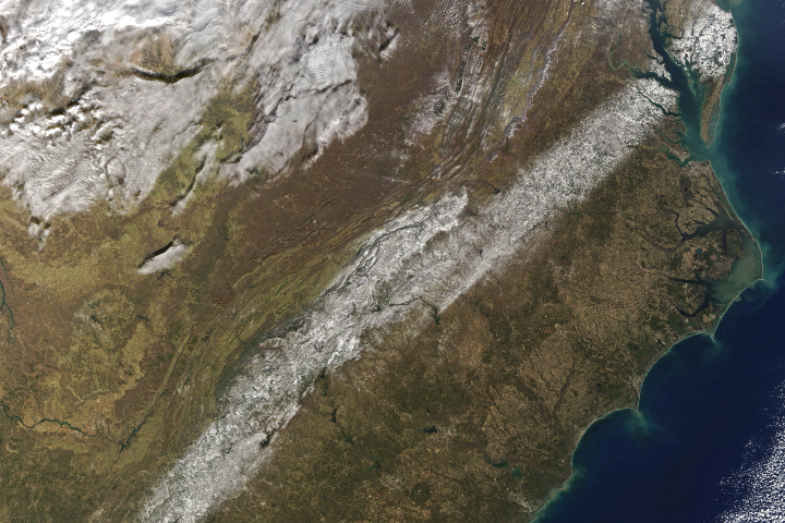 A Band of Snow in the Southeast
