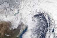 Powerful Winter Storm Pummels the U.S. East Coast