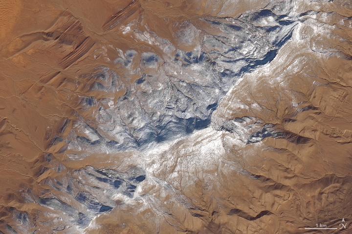 Le désert algérien enneigé vu par la NASA et l'Agence spatiale européenne