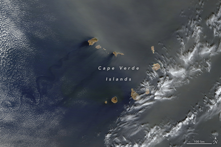 A Dust Bath for Cape Verde
