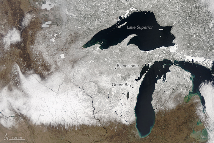 Late Spring Snow in the Upper Midwest