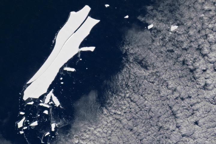 End of the Journey for Iceberg B-15Z?