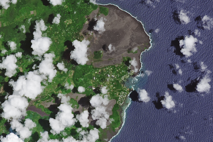 Lava Consumes Vacationland and Kapoho Bay - selected image