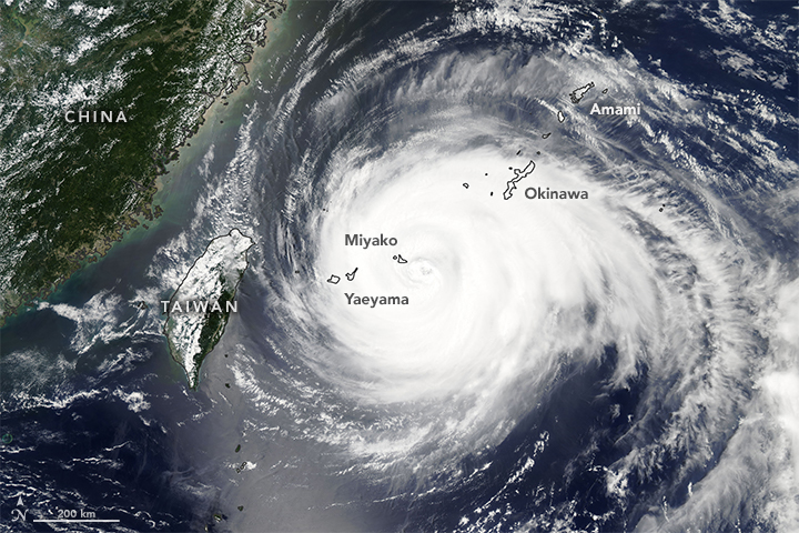 Powerful Typhoon Heads for China
