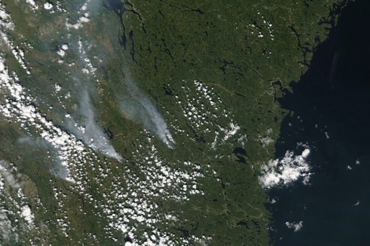 Scarcely Seen Scandinavian Fires - selected image