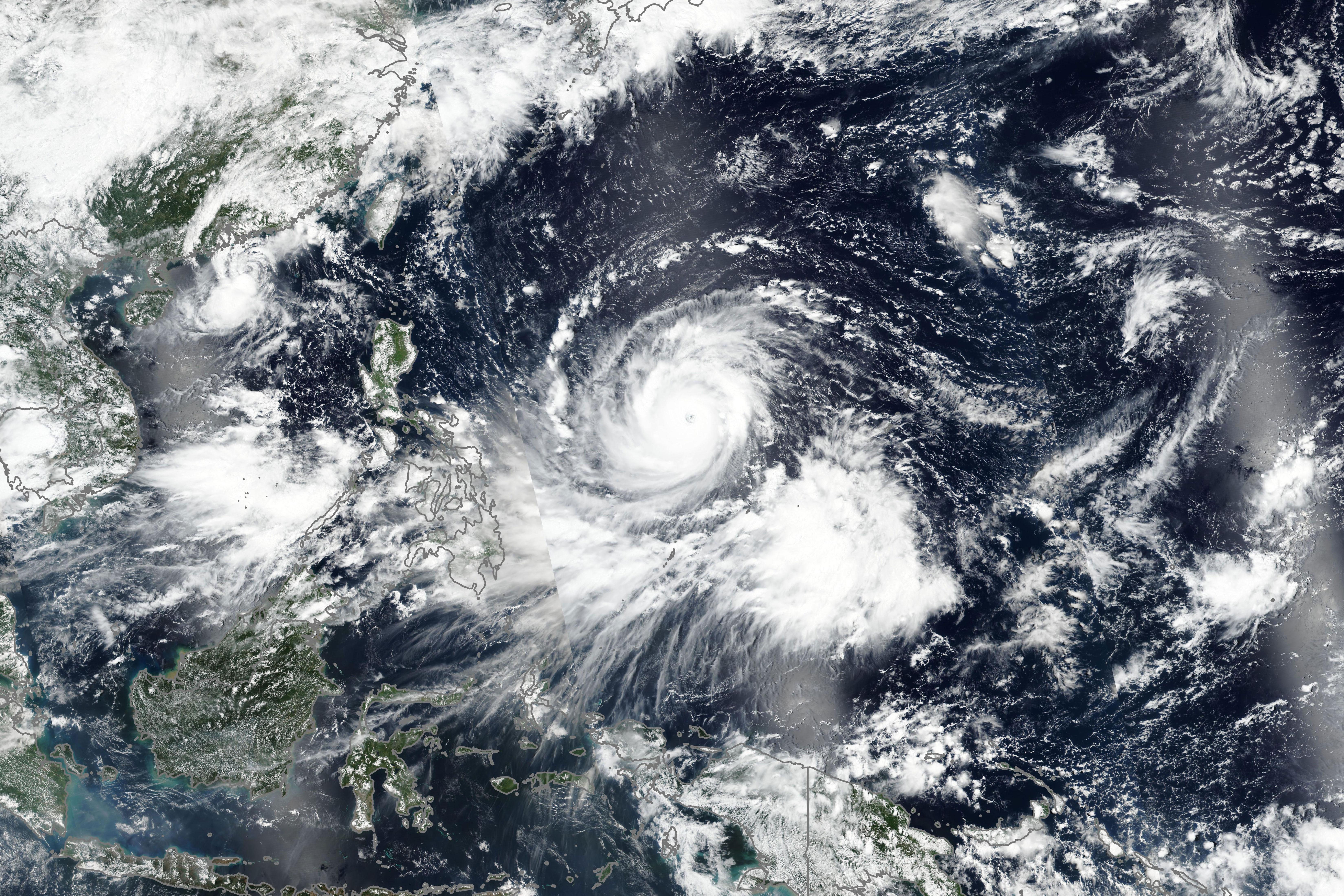 Taifun Mangkhut