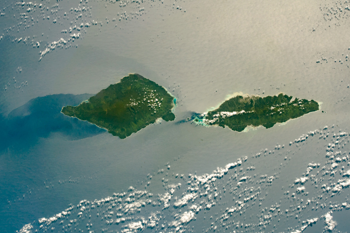 Savai'i and Upolu in Sunglint